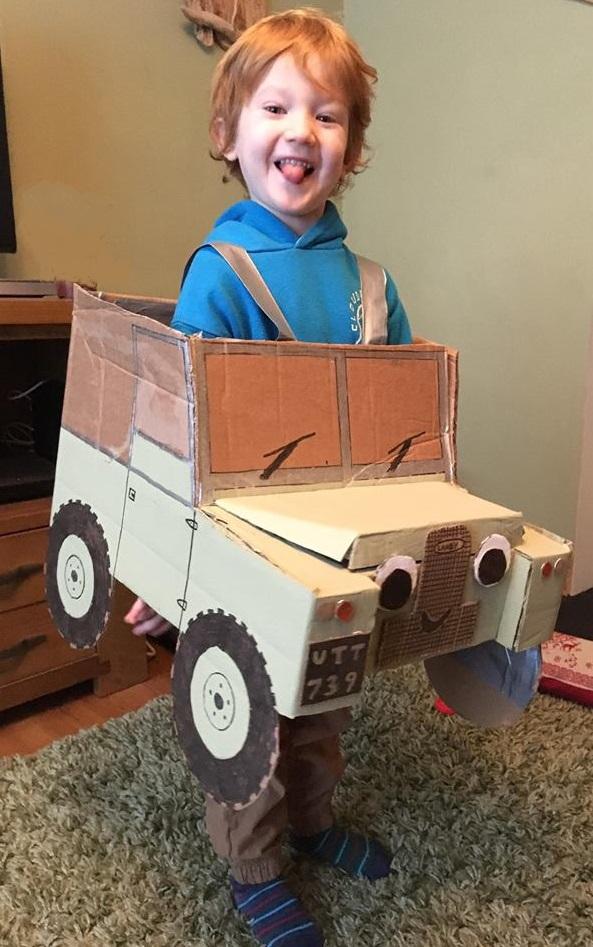 garry-stuarts-grandson-landy-costume